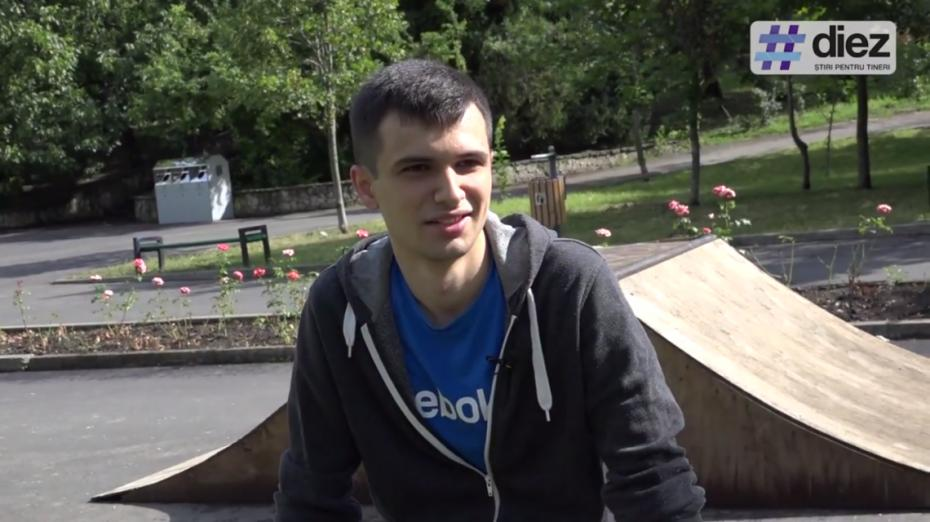 """(video) Aleg Cariera IT. O zi cu Nicolae Godina: """"Nu ai voie să faci nicio pauză. Trebuie să fii în pas cu dezvoltarea continuă."""""""