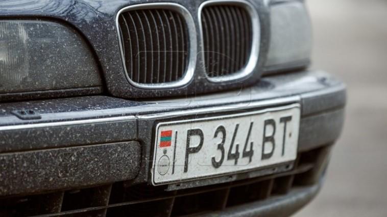 De astăzi, automobilele cu numere transnistrene nu vor putea circula în dreapta Nistrului