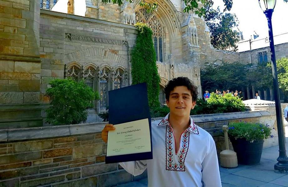Ghid practic de la un tânăr din Moldova care a fost acceptat la Yale: Ce pași să urmezi pentru a fi admis la o universitate americană