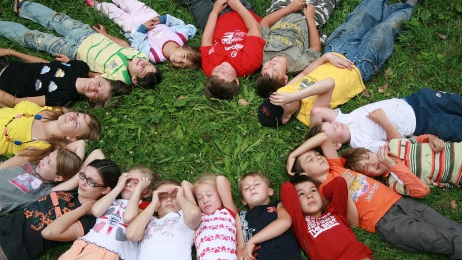23 de copii au ajuns la spital, după ce s-au intoxicat la o tabără de odihnă. ANSA reacționează