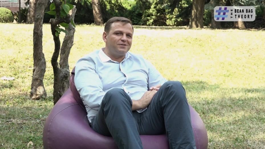 """(video) The Bean Bag Theory. Andrei Năstase: """"Aș da folk Moldovei și-aș pleca!"""""""