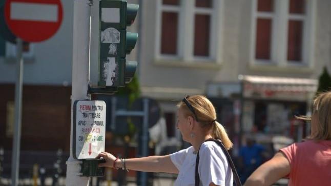 Semafoarele de pe bulevardul Dacia din Capitală vor funcționa după un nou orar
