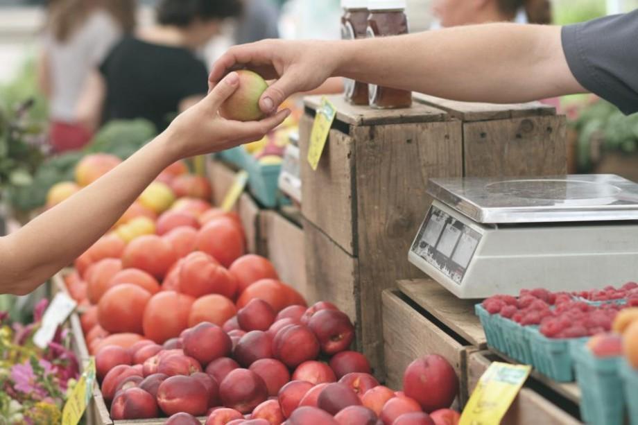 Ce cumpărăm de la piață în această perioadă: Prețul mediu al legumelor și fructelor