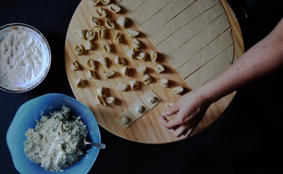 Îți place să gătești? Provoacă-ți talentul și creativitatea la un concurs național pentru bucătari
