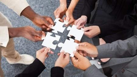 """Ai o idee care va schimba comunitatea? Participă la concursul inițiativelor locale """"Change Moldova"""""""