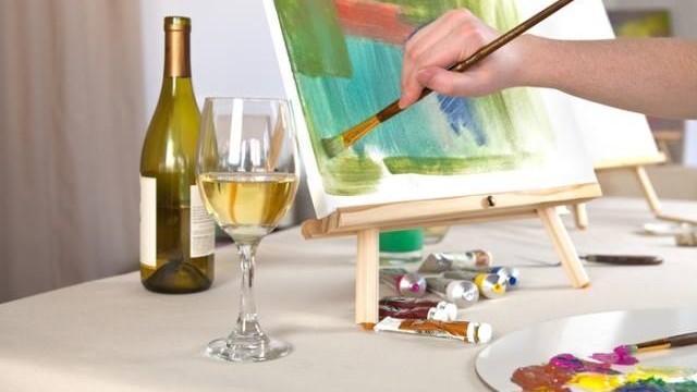 """Aruncă culoare pe hârtie și participă la o licitație combinată cu muzică în cadrul evenimentului """"Art with me"""""""
