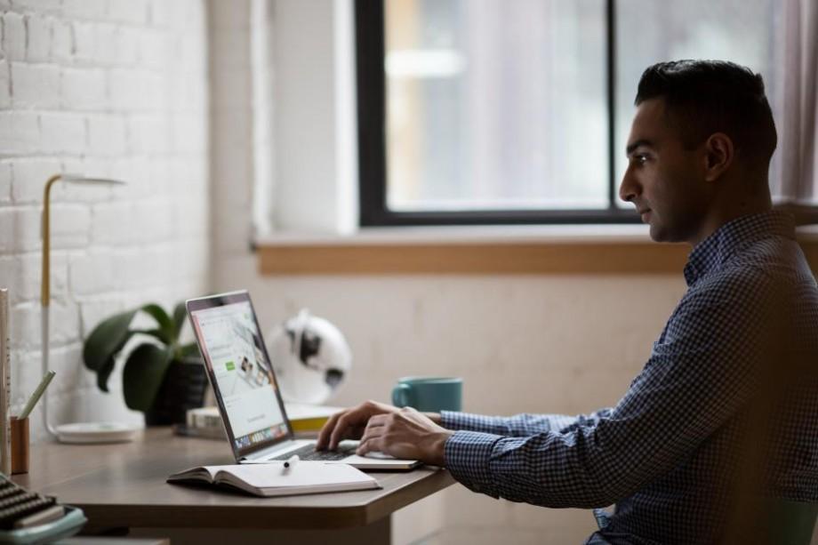 Un nou serviciu digitalizat! Indemnizațiile paternale vor putea fi solicitate online