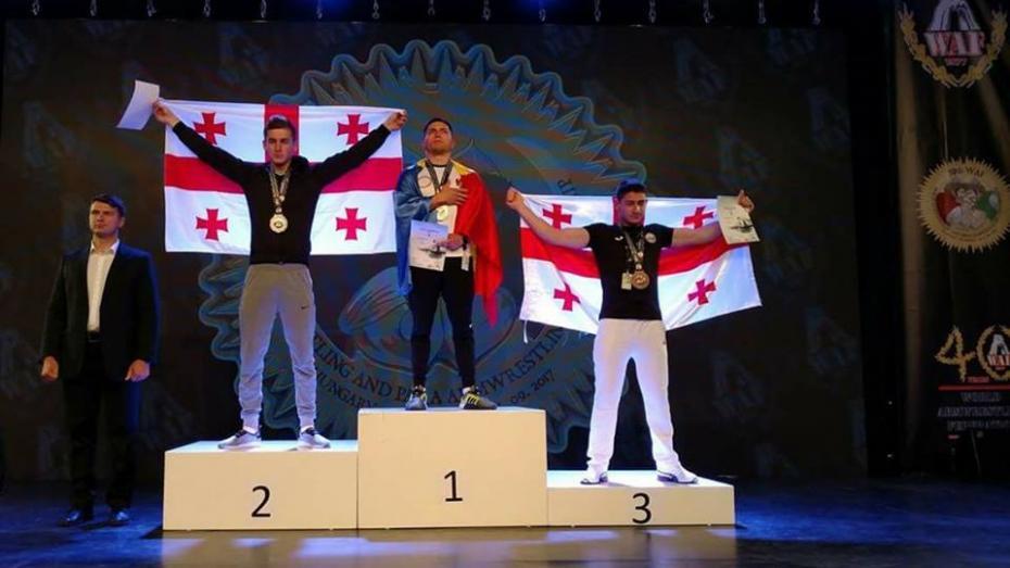 (live video) Moldova s-a clasat pe locul I la Campionatul Mondial de Armwrestling. Oleg Tudorean a adus medalia de aur acasă