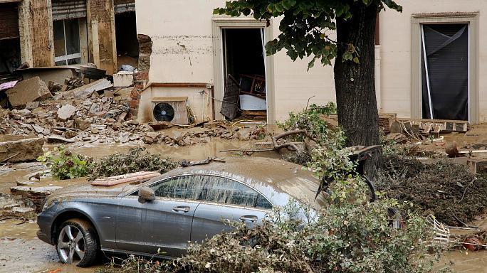 Inundații devastatoare în Italia. 7 persoane au murit, iar altele sunt date dispărute
