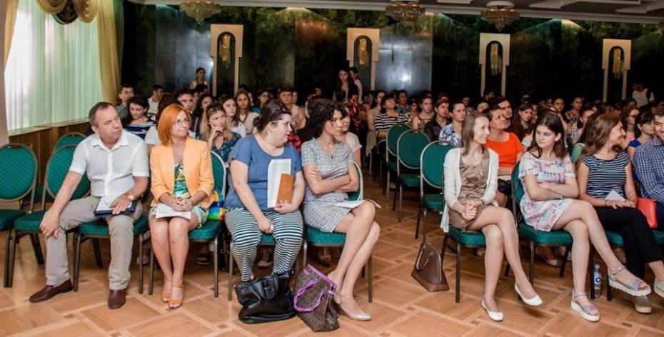 Vino la discuția publică despre sănătatea sexual-reproductivă a tinerilor și participă la educarea unei generații informate