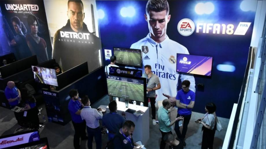 """(video) Fifa 18 se lansează oficial la sfârşitul lunii. Iată de unde poți descărca """"jocul milioanelor"""""""