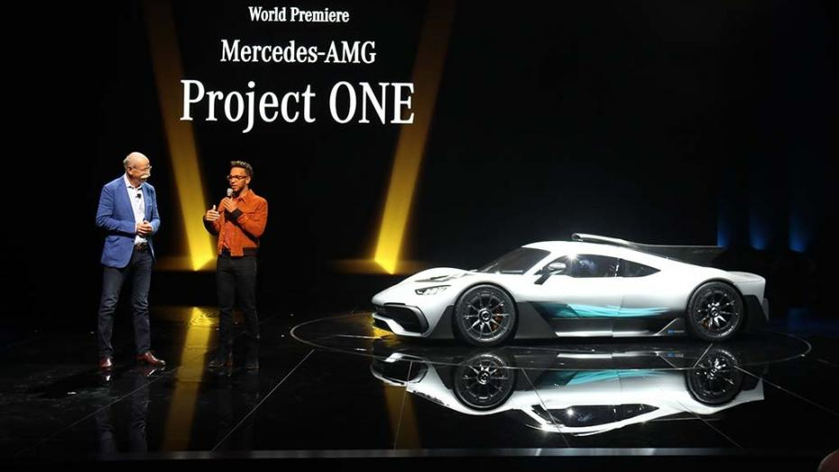 (video, galerie foto) Mercedes AMG Project One – prima mașină din lume cu 5 motoare și cu 1.000 de cai putere