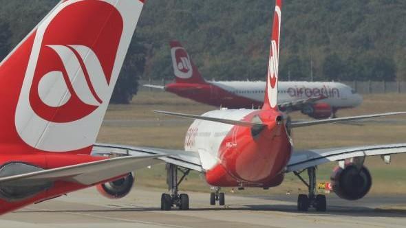 70 de zboruri anulate, după ce piloții s-au îmbolnăvit subit, în Germania