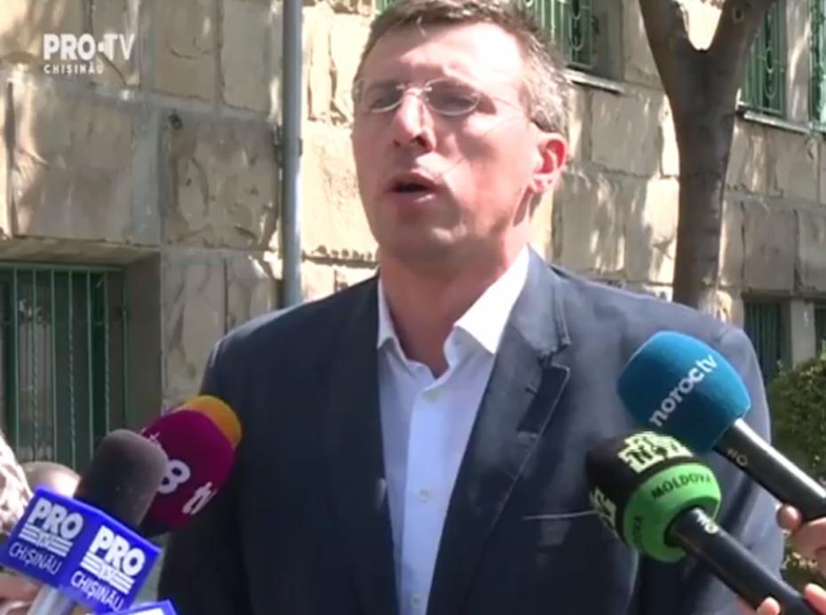 """(video) Dorin Chirtoacă, cu lacrimi în ochi: """"Nu am familie și copii și există riscul nici să nu-i am de acum încolo"""""""