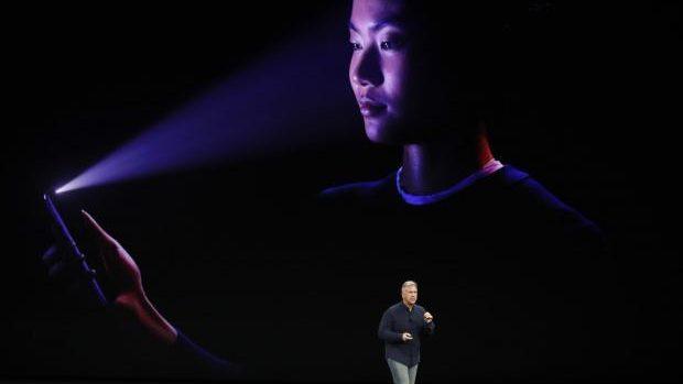 Primele nemulțumiri după lansarea iPhone X. Iată ce spun experții
