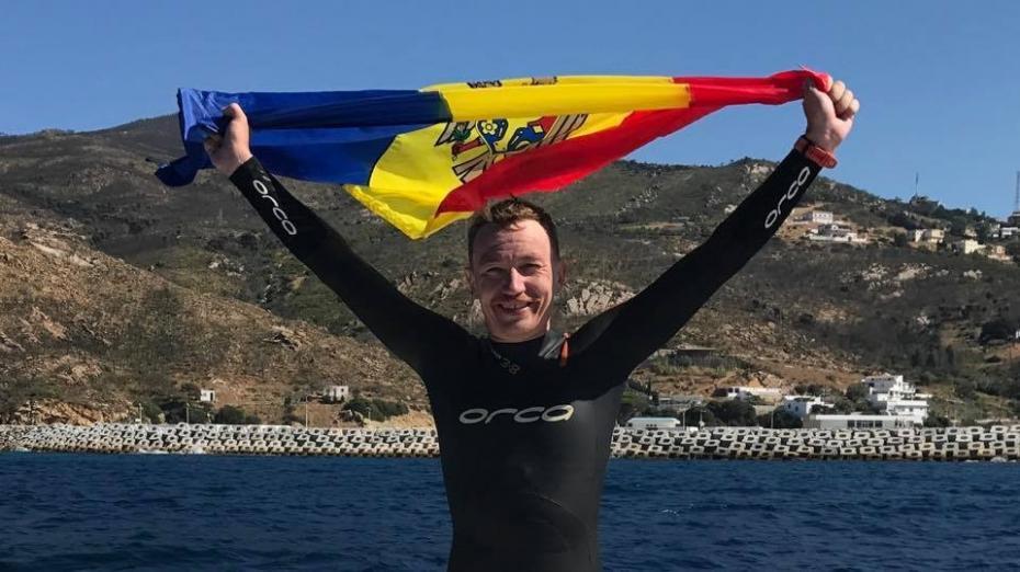 (video) Cum e să treci din Europa în Africa fără barcă. Un înotător din Moldova a traversat înot strâmtoarea Gibraltar
