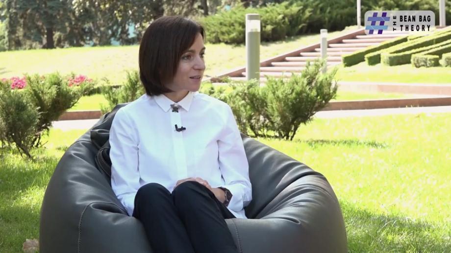 """(video) The Bean Bag Theory. Maia Sandu: """"Căsătoria nu este rezolvarea unei probleme. În așa caz, e doar o rețetă spre eșec."""""""
