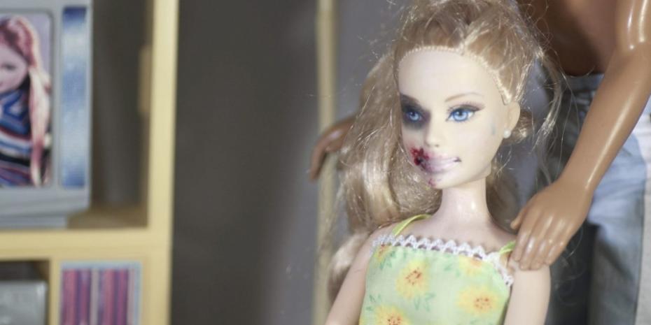 Cuplul perfect – Barbie și Ken. Violența domestică de dincolo de perete