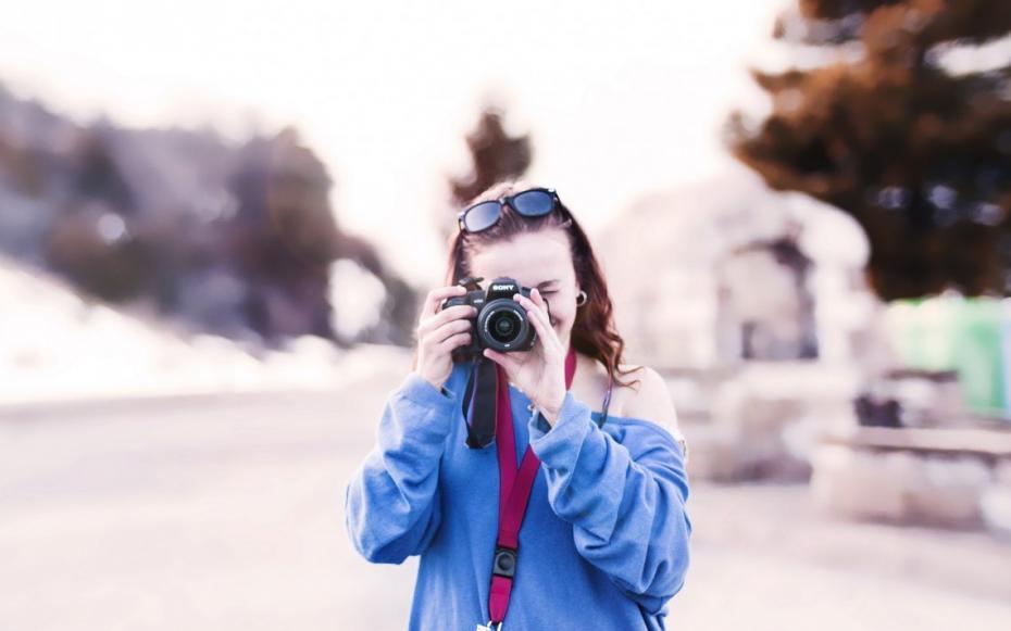 Ești pasionat de fotografie și democrație? Participă la un concurs internațional de fotografie și călătorește în Turcia