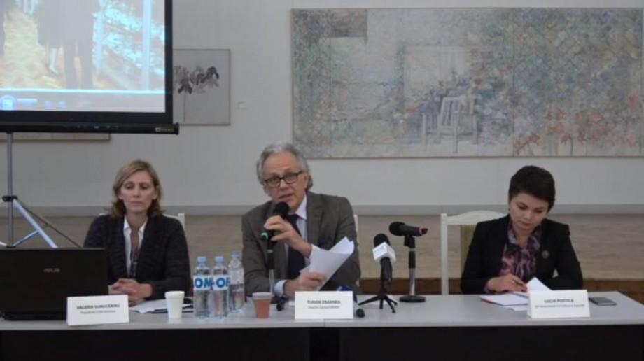 """""""Este un spațiu de păstrare a patrimoniului cultural"""". MNAM vine cu un răspuns la petiția online cu referire la scuarul Ghibu"""