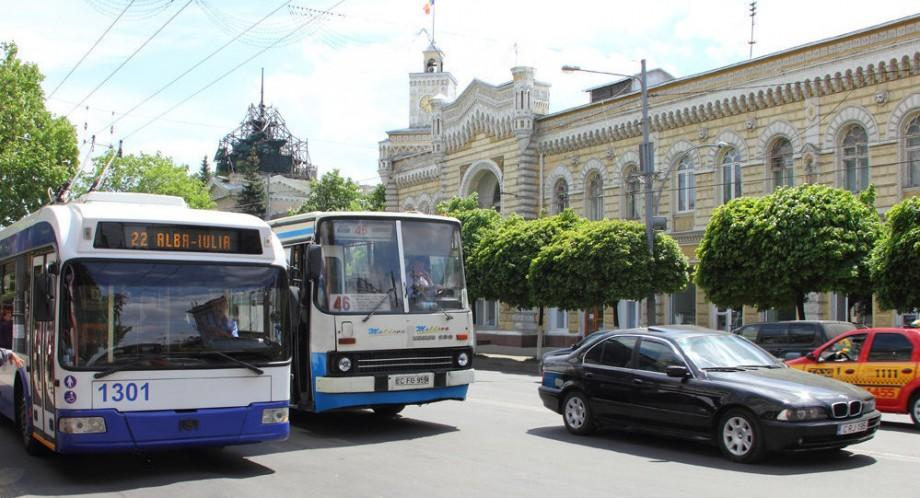 Am putea călători gratuit în Chișinău timp de o oră. Cum va funcționa sistemul de taxare electronică
