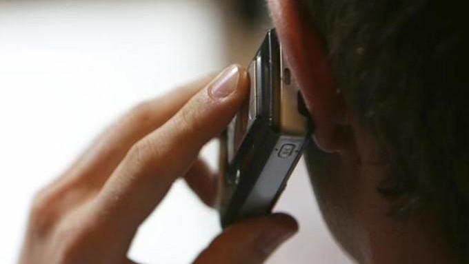 (infografic) Fii atent ce vorbești la telefon. Numărul interceptărilor a crescut de 4 ori în ultimii ani