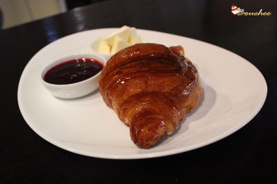 FB/Cafe Bouchee