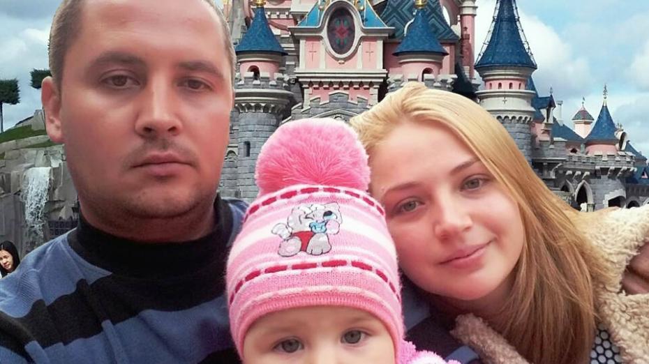 (foto) Au retrăit copilăria la Disneyland în Paris! Cum a reușit Mobiasbancă să transforme visul unei familii în realitate
