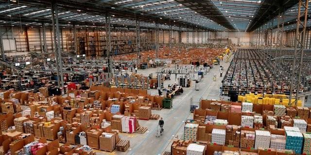 Planurile Amazon: Gigantul american vrea să cumpere Carrefour şi să cucerească piaţa europeană