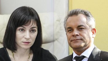 """Maia Sandu îl invită pe Vladimir Plahotniuc la o dezbatere publică despre educație. """"Poate veni cu prompterul, dacă altfel nu poate"""""""