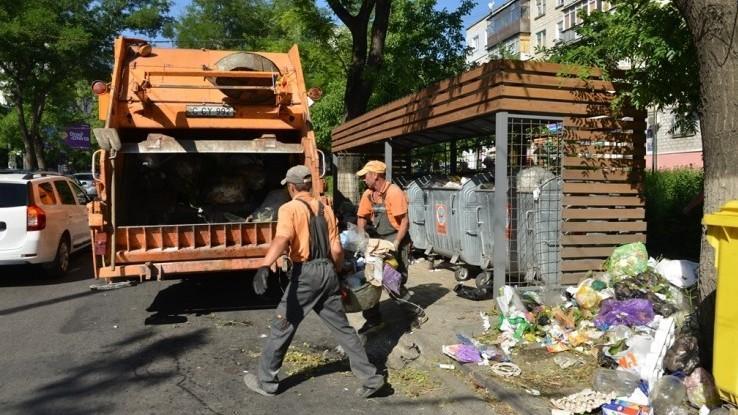 """Agenții economici vor primi amenzi """"usturătoare"""" pentru lăsarea gunoiului în spațiul public. Silvia Radu: """"E curat acolo unde nu se face mizerie"""""""