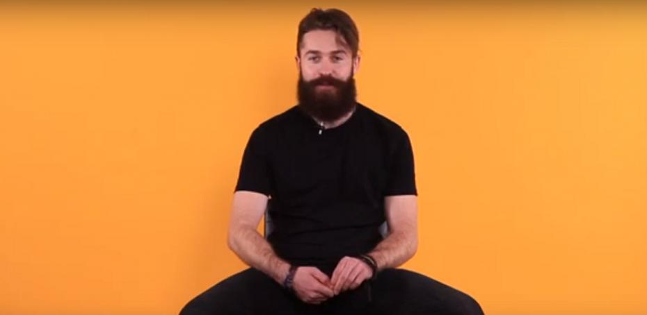 """(video) """"Un bărbat fără barbă e ca femeia cu mustăți."""" Hy No Rock a provocat barberii și frizerii la o discuție"""