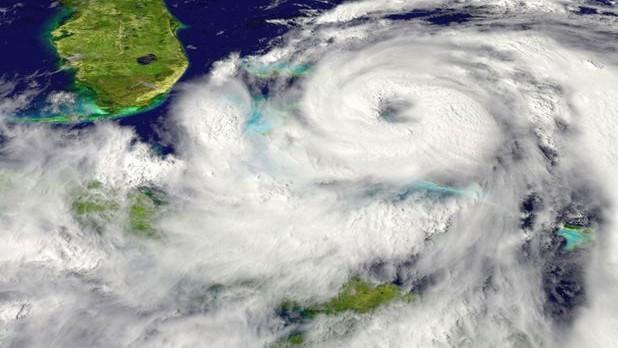 Toate şcolile au fost închise luni în Irlanda, unde urmează să ajungă uraganul Ophelia