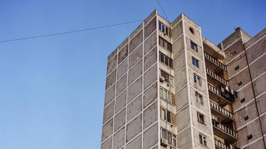 1504346661879-Blocuri-gri-comuniste-1