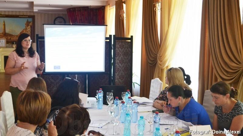 Participă la un concurs de granturi pentru întreprinderile mici sau mijlocii și obține de la două la cinci mii de euro