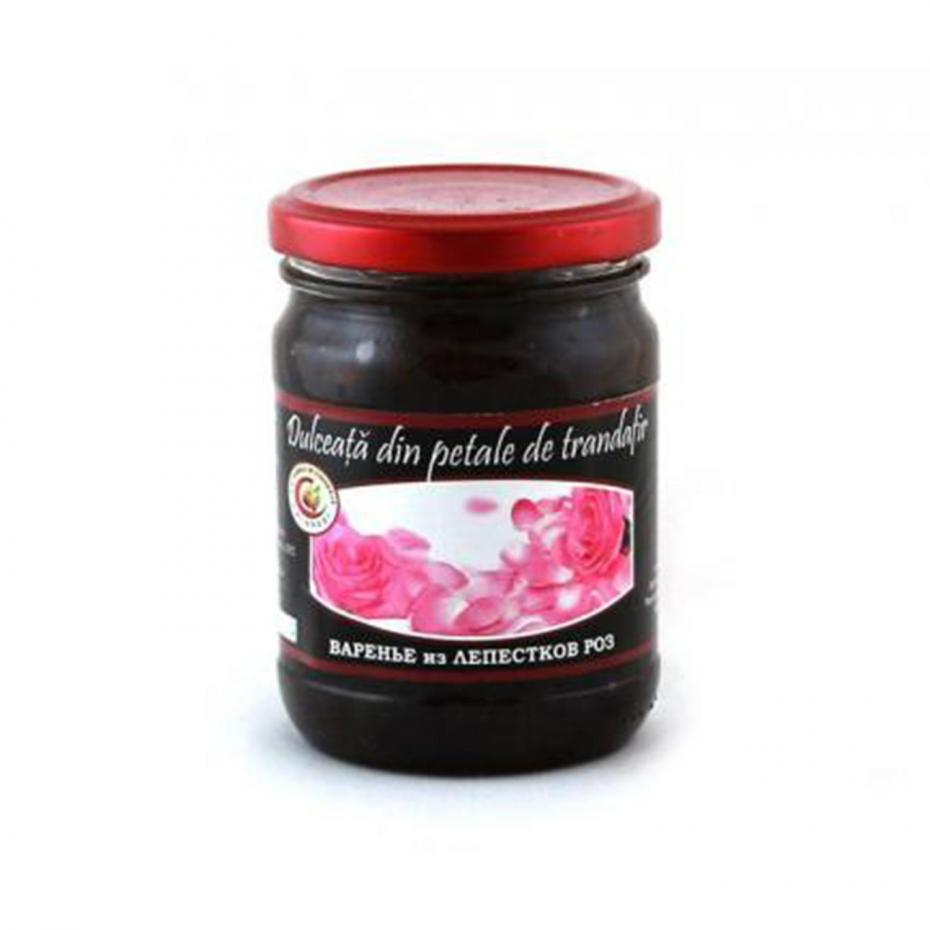dulceata-din-petale-de-trandafir