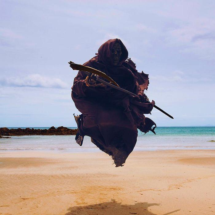 grim-reaper-beach-instagram-photos-swimreaper-10-59f6e97865cda__700