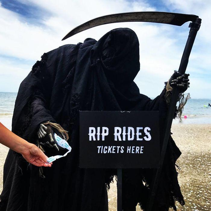 grim-reaper-beach-instagram-photos-swimreaper-12-59f6e97c7aaf5__700