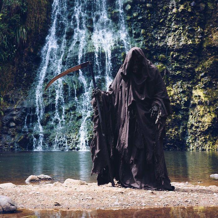 grim-reaper-beach-instagram-photos-swimreaper-23-59f6e9997c352__700