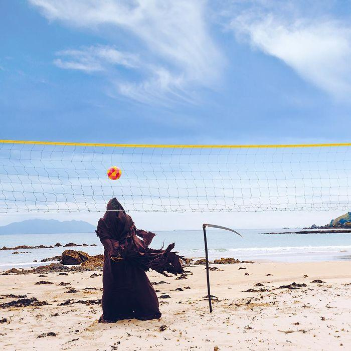 grim-reaper-beach-instagram-photos-swimreaper-5-59f6e96cdeefd__700