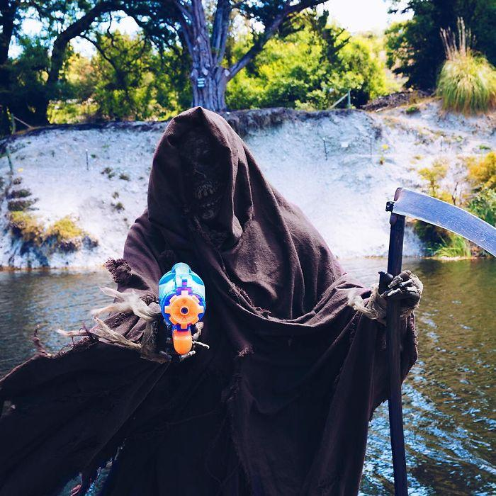 grim-reaper-beach-instagram-photos-swimreaper-7-59f6e9719bb7c__700