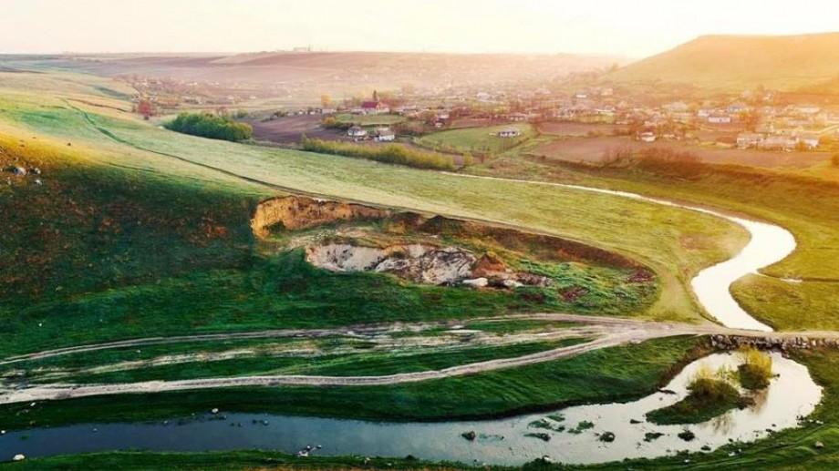 (infografic) Numărul de turiști cazați în structurile de cazare din Republica Moldova este în creștere