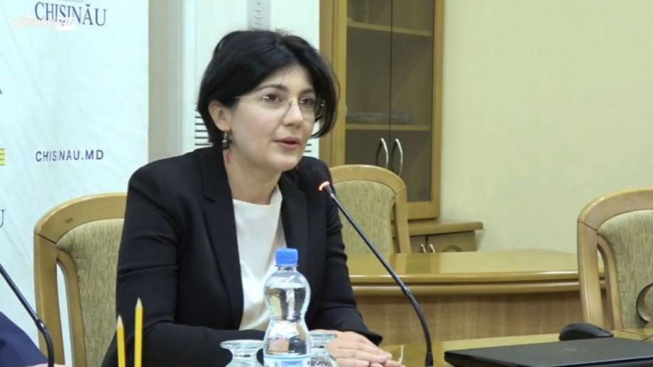 Noua șefă de la Primăria Chișinău îi îndeamnă pe consilieri să vină la timp. Câți din ei au fost prezenți la prima ședință
