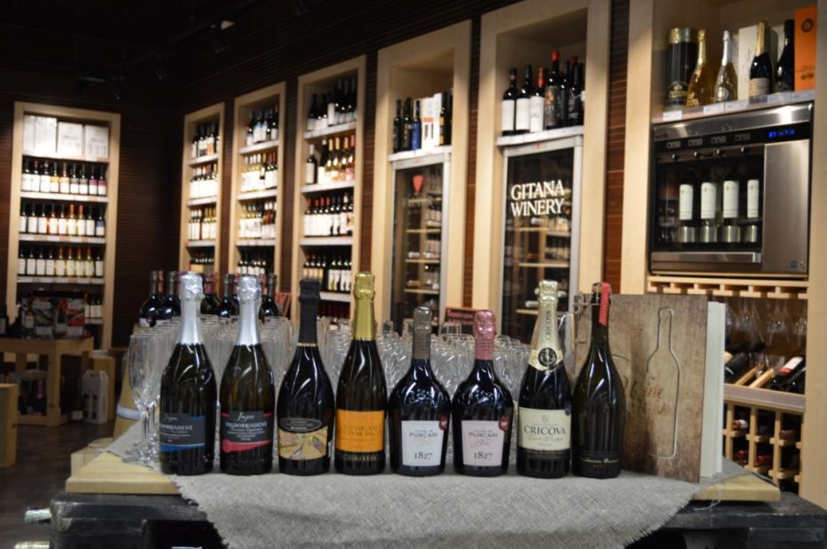 (foto) Ce spumante nu trebuie să lipsească de pe masa de Revelion. Fine Wine vi le recomandă cele mai bune