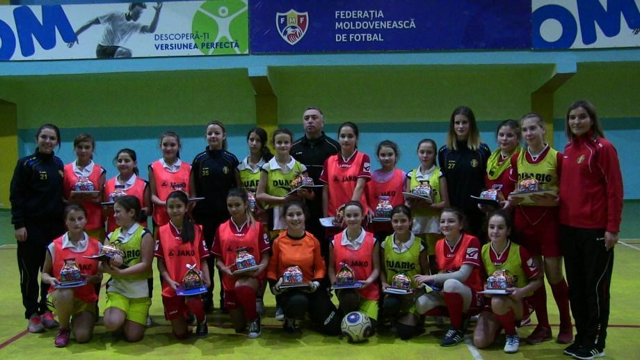 (video) Masterclass de la cei mai buni fotbaliști și fotbaliste din Moldova pentru copiii din Bălți