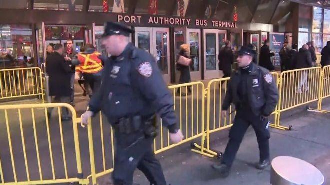 Explozie la New York. Sute de persoane au fost evacuate. Un suspect a fost reținut