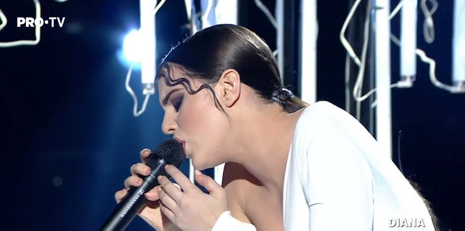 (video) Fluidă și senzuală. Urmărește evoluția Dianei Brescan în semifinala concursului Vocea României