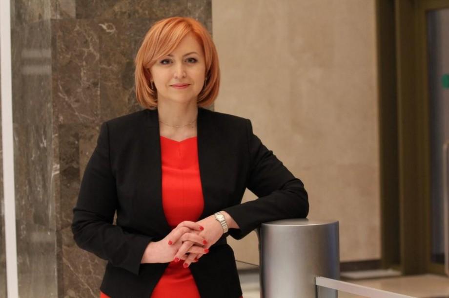 Oxana Domenti, deputata fracțiunii PCRM din Parlament, și-a depus mandatul și părăsește viața politică