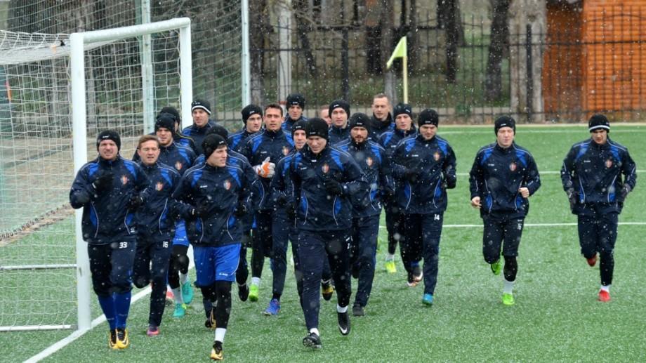 (foto) Naţionala Moldovei a început pregătirile pentru meciurile amicale cu Coreea de Sud şi Azerbaidjan. Cum a fost la primul antrenament