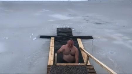 Un bărbat din Telenești a fost reținut, după ce ar fi obligat o tânără să petreacă 5 zile în saună cu el